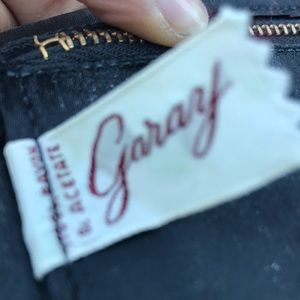 Garay Bags - Garay Vintage mini hand purse. Super cool design!